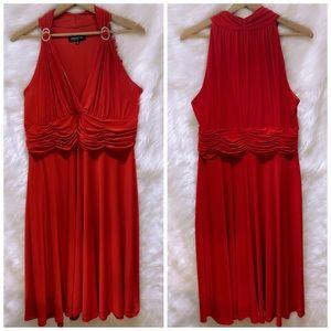 RED DRESS JONES OF NEW YORK WOMAN • halter look